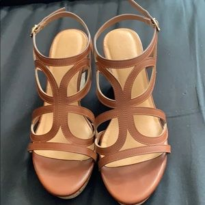 Trendy brown wedges. Size 11. EUC